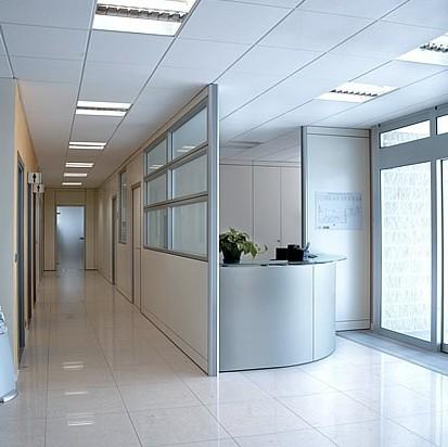 Pareti divisorie ufficio a tenuta acustica effedue porte for Pareti divisorie ufficio economiche